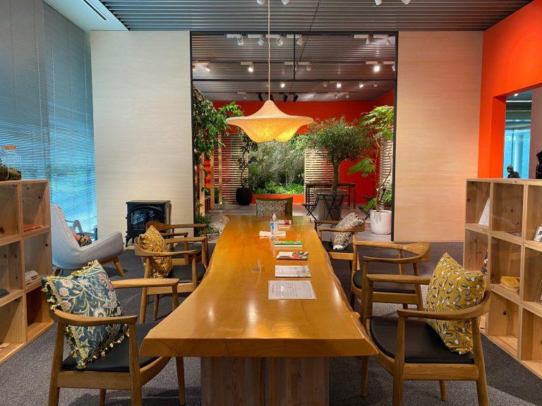 トークショー映像公開「庭と建築の心理的意味 マギーズ東京の活動から」